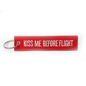 "Nyckelring ""Kiss Me Before Flight"""